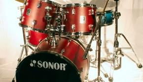 719px-2006-07-06_drum_set