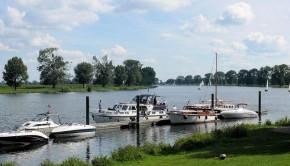 Park Boat Water Marina Boats River Ship Boating