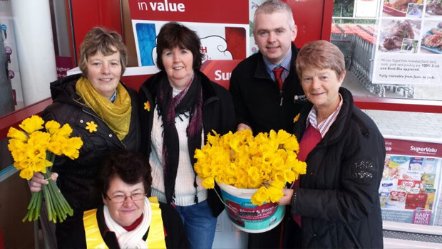 Photo of €6,780 raised on Daffodil Day