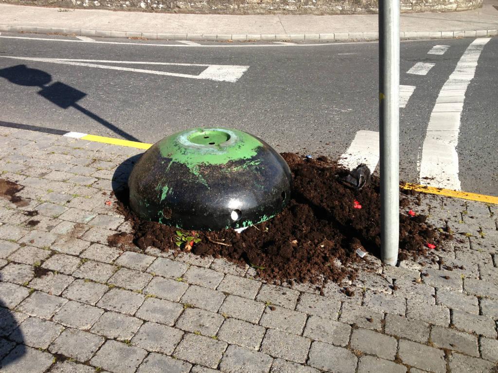 Photo of Planter vandalised again