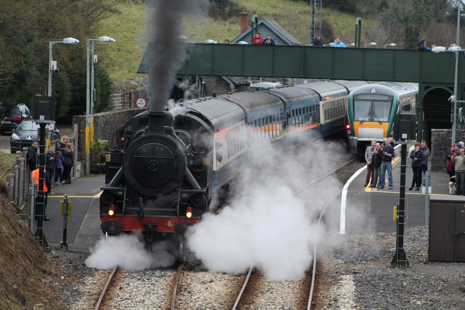Photo of Vintage steam train visits Boyle