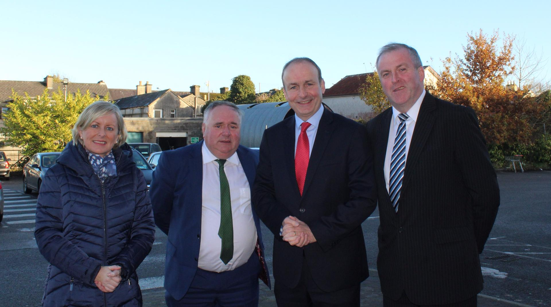 Photo of Fianna Fail leader visits Boyle
