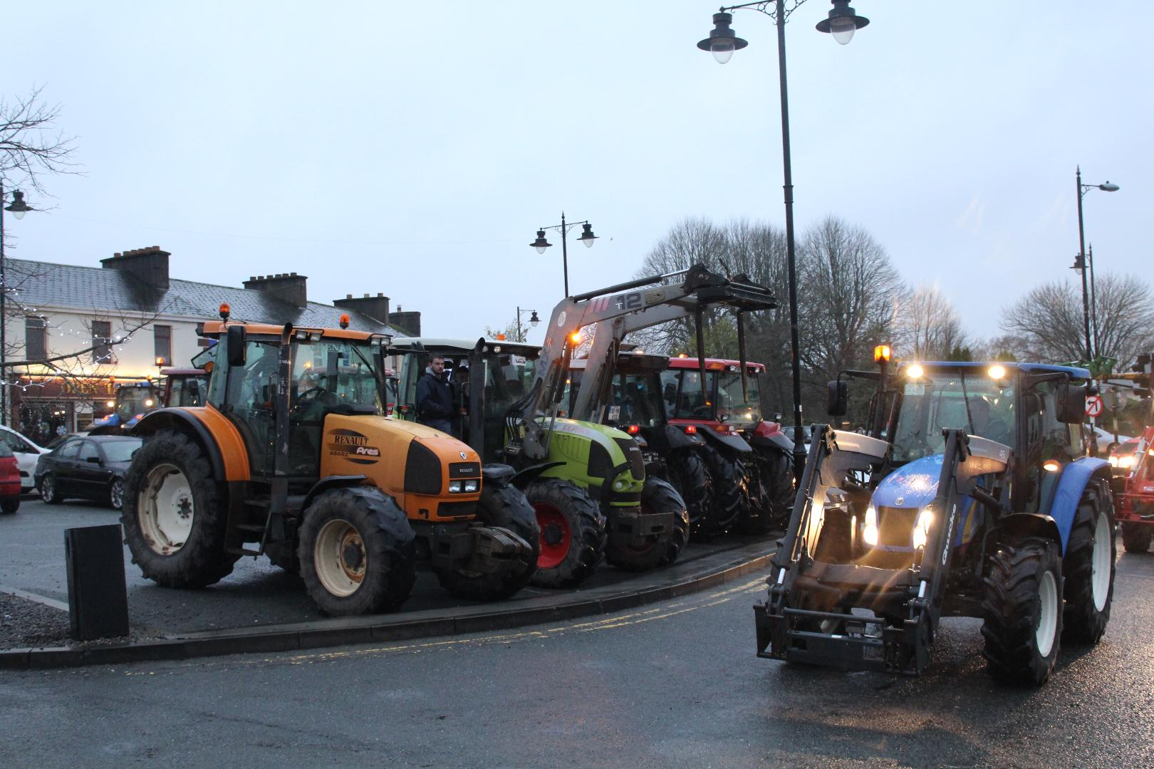 Photo of New Year Tractor Run to visit Boyle