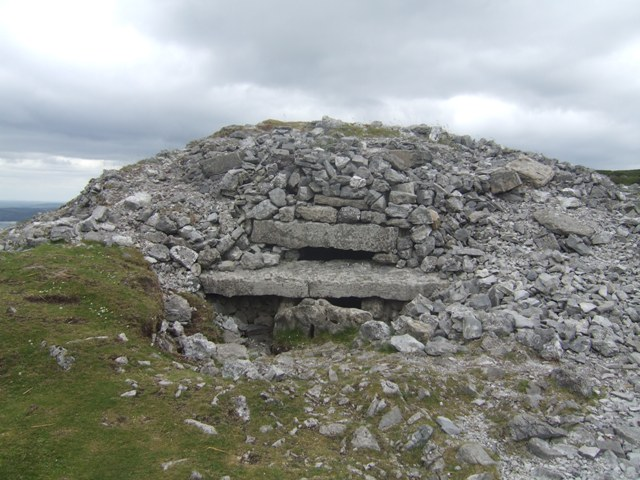 Photo of Carrowkeel tombs damage 'on a scale never seen before'