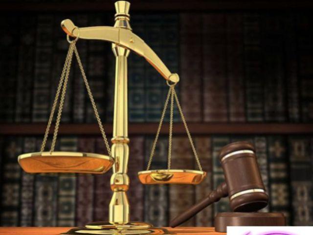 Photo of Boyle man wins defamation case