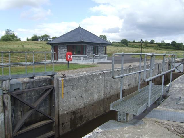 Photo of Drumboylan man drowns in Shannon