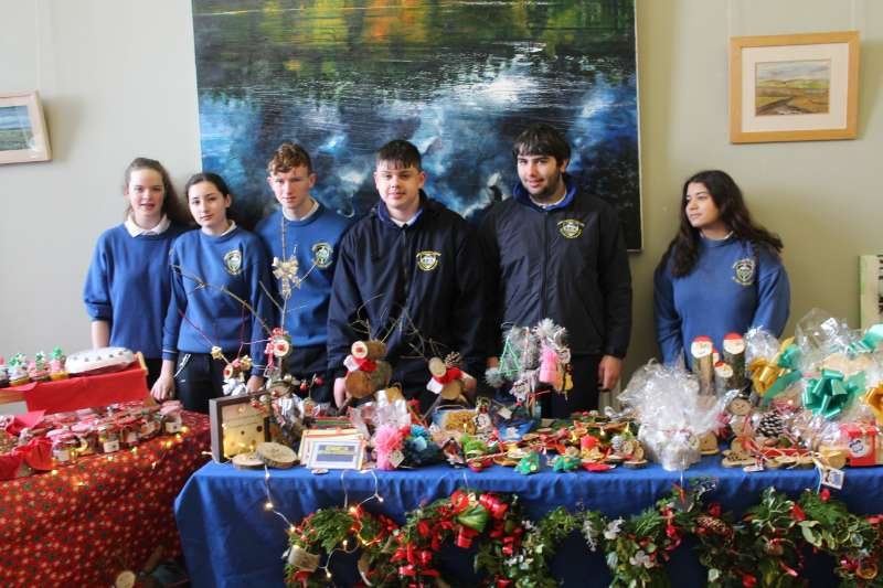 Photo of €1200 raised by Transition Year students